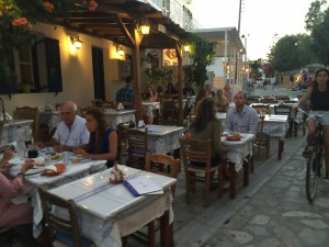 Taverna all'aperto ad Antiparos